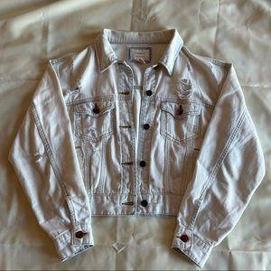 2/$45 f21- light wash distressed denim jacket